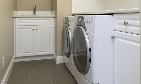 Laundry Room Plumbing .